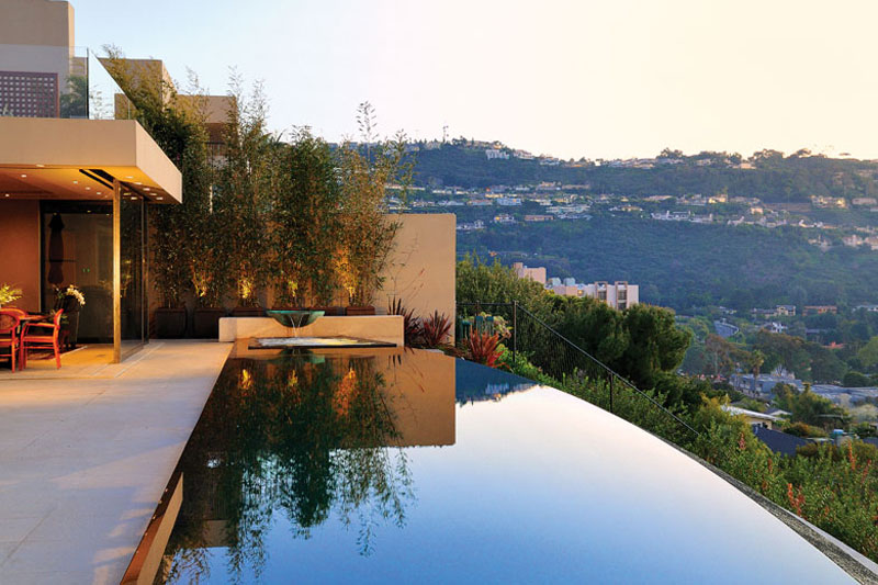 Swimming pool design vanishing edge pools texas pool for Pool design austin