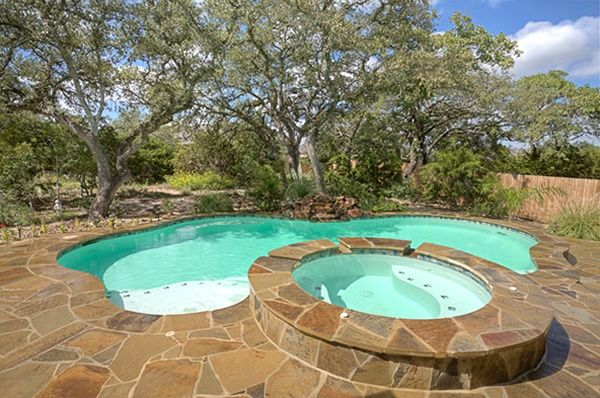 Pool design ideas for small backyards in austin texas for Pool design austin