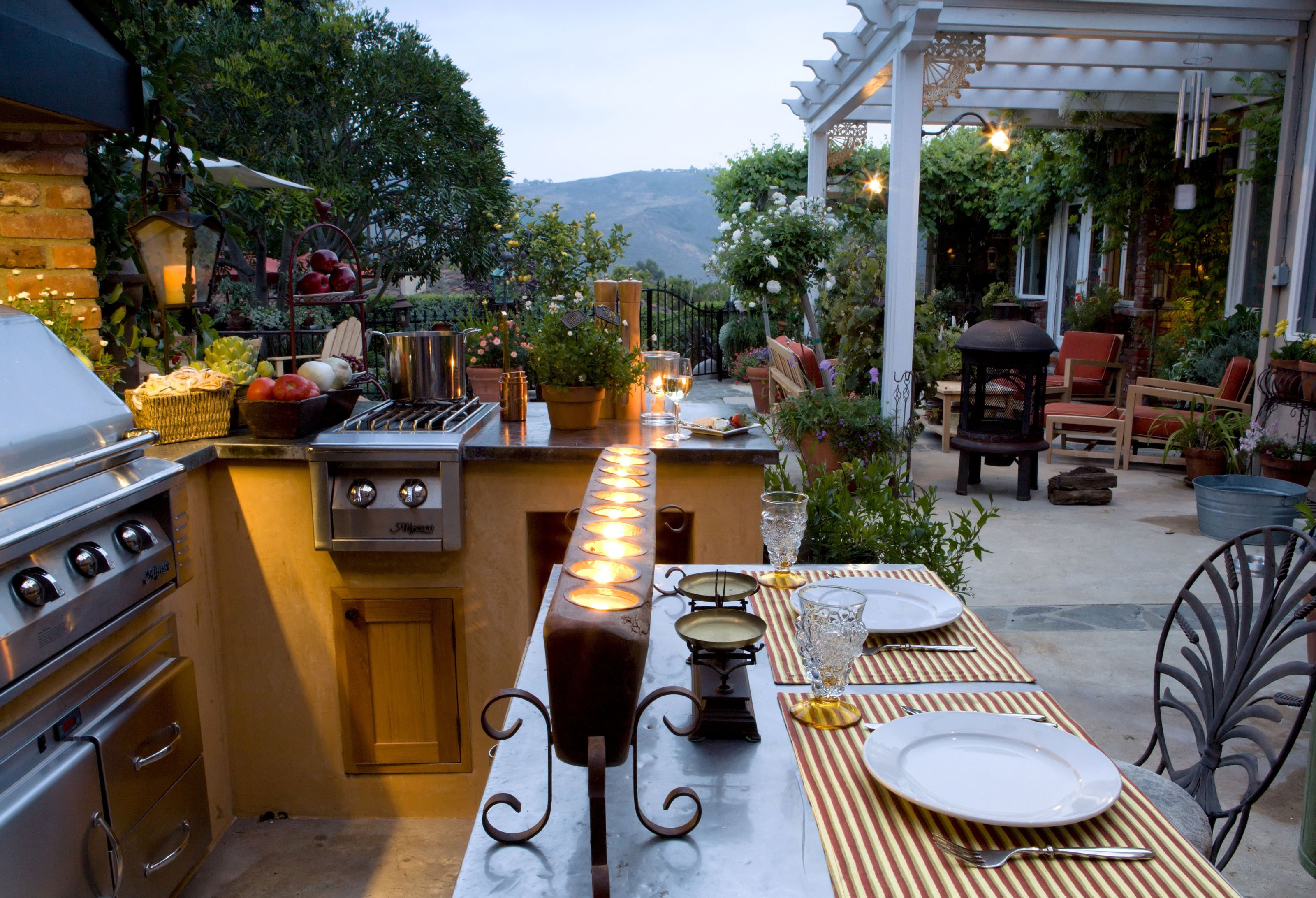 The Must-Have Features for an Austin Outdoor Kitchen | Texas ...