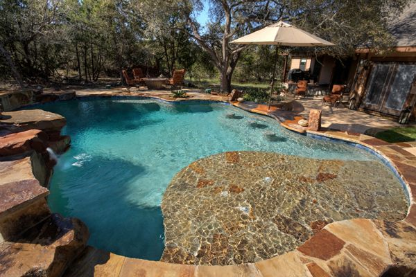 Swim-Up Bars and Dining for Your Texas Pool | Texas Pool ...